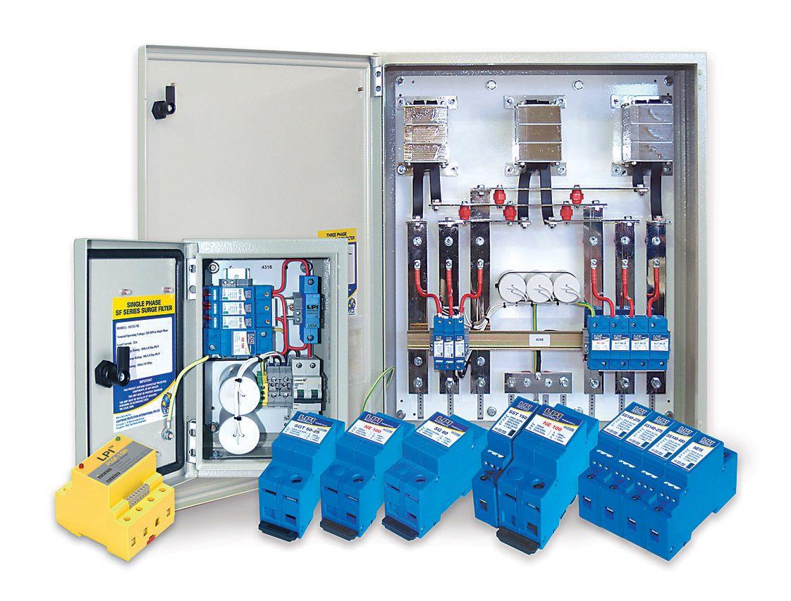 Tủ cắt lọc sét 3 pha 40A: LPI SF340-480-100+50-AIMCB